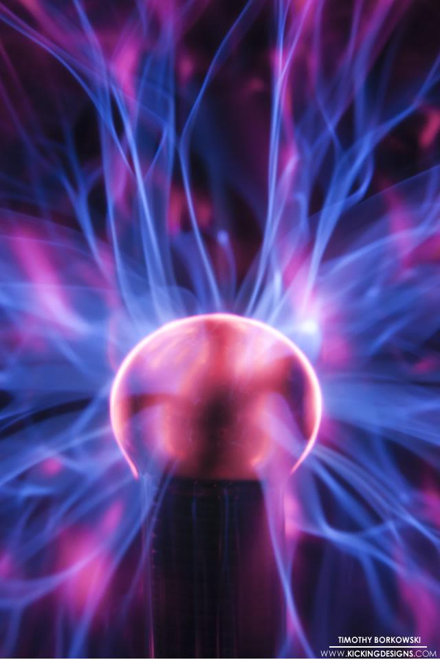 Plasma Ball 4 7 2013 Wallpaper Kicking Designs