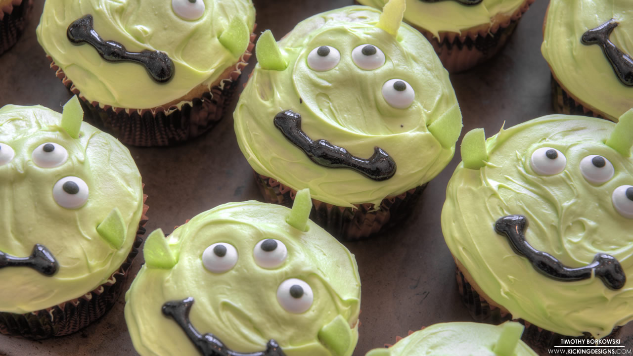 alien-cupcakes-4-16-2013_hd-720p