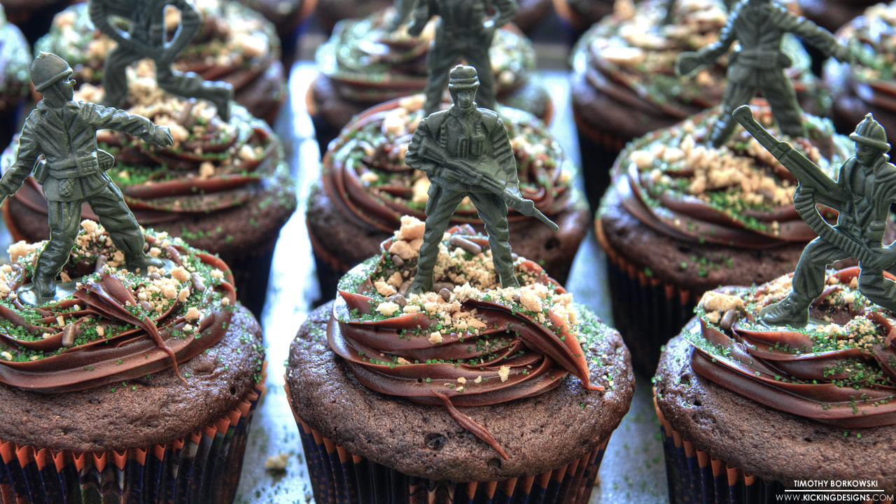 army-men-cupcakes-4-13-2013_hd-720p